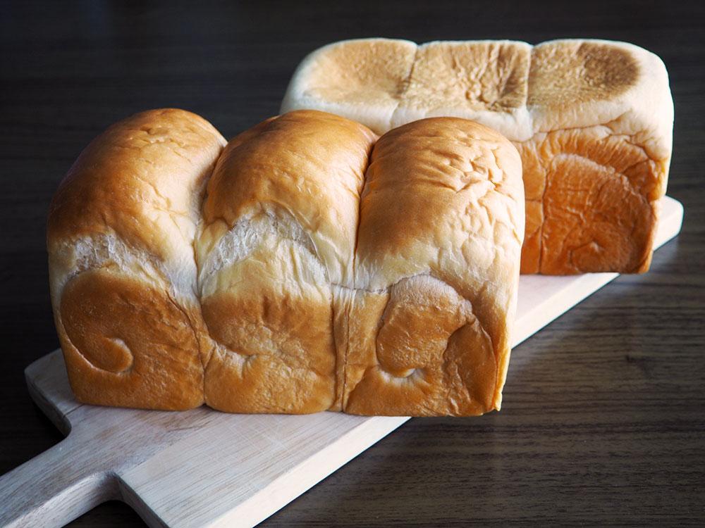 牛乳専門店みるくの食パン2種